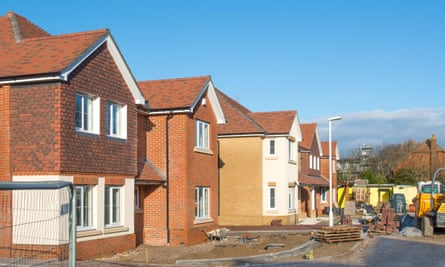 Newly built detached houses that are under construction