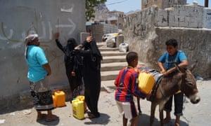Water cut off in Yemen's Aden