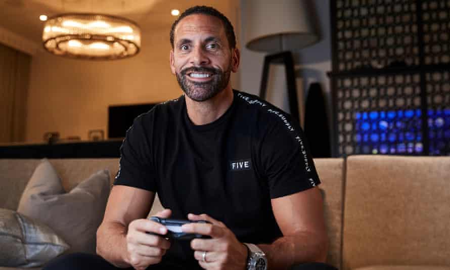 Rio Ferdinand playing the EA Sports game Fifa 20.
