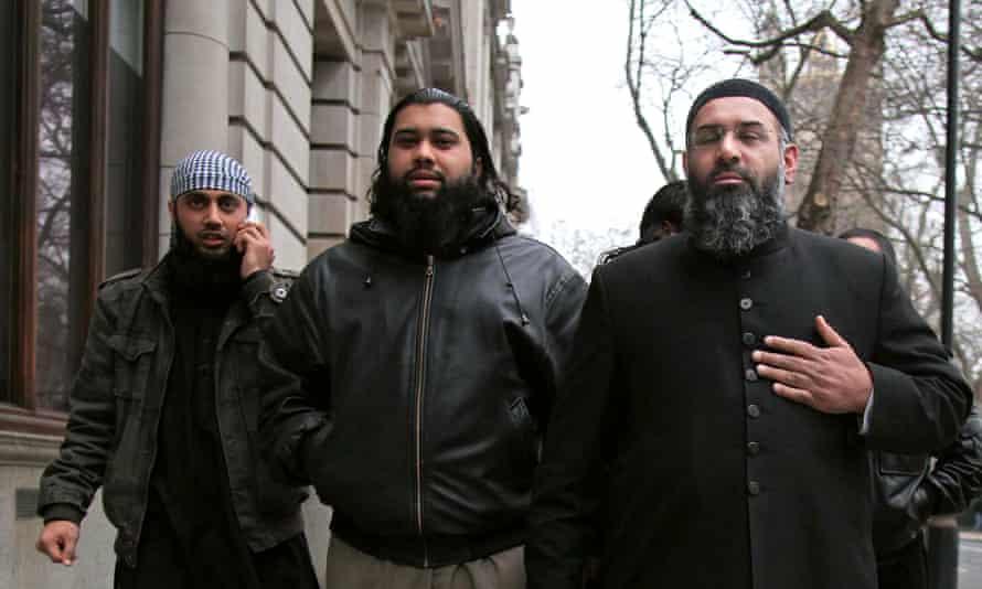 Anjem Choudary arrives Islam4Uk press conference