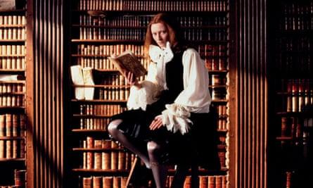 Tilda Swinton as Orlando in Sally Potter's 1992 film version.