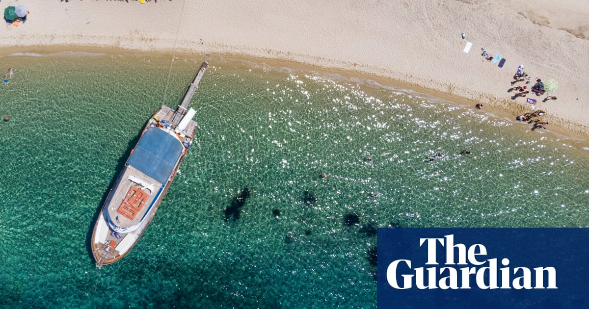Draft EU policy to cut shipping emissions condemned as 'disaster'