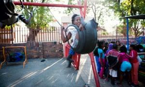 Cotlands社区的孩子们可以在这里玩耍的游乐场。