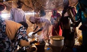 Women in Rwanda internally displaced persons camp