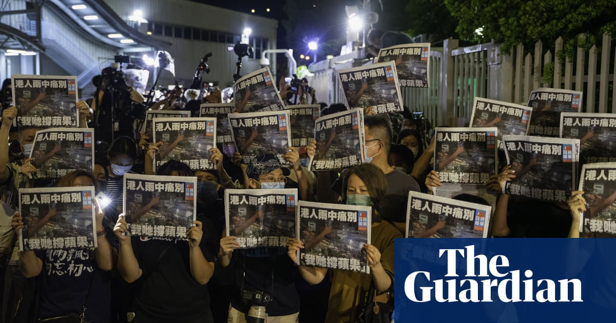How a pro-democracy newspaper in Hong Kong died