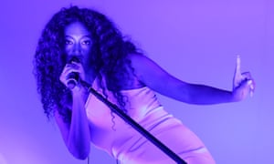 Solange performing at Latitude