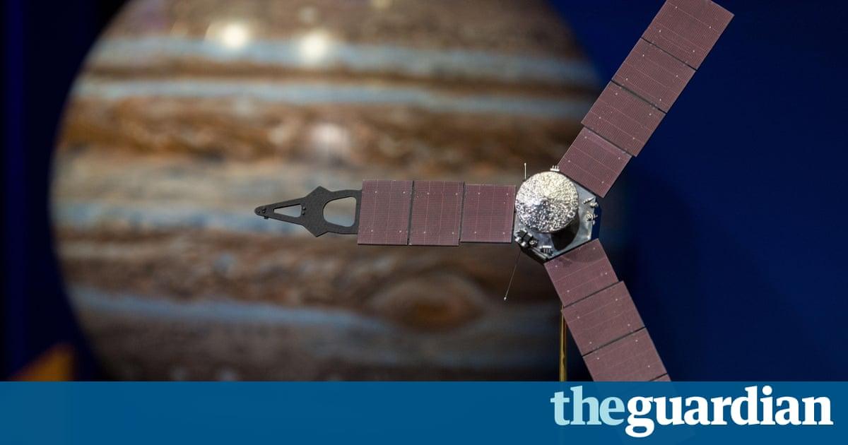Juno Probe Enters Jupiters Orbit Following Amazing Nasa Mission - Nasas juno spacecraft has captured incredible images of jupiters surface