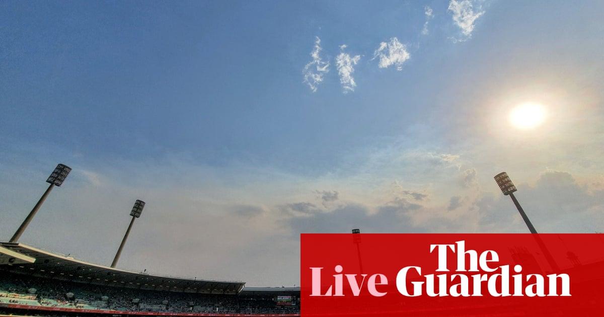 Australia v New Zealand: third Test, day three – live!