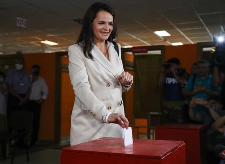 Svetlana Tikhanovskaya casting her ballot in the presidential election.