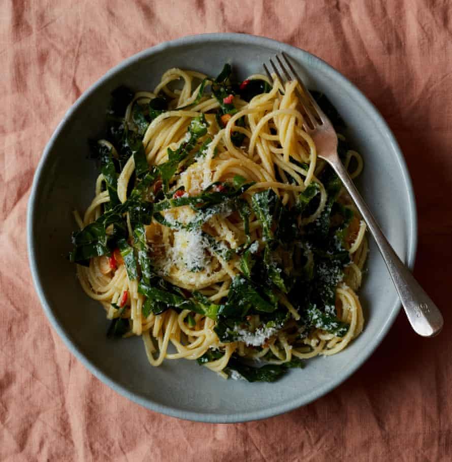 Anna Jones's spaghetti with garlic, chilli oil and greens (aglio, olio e peperoncino).