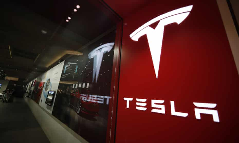 Federal officials will investigate a fiery crash that killed two people in a Tesla Model 3 in Florida.