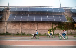 Photovoltaic systems on a retaining wall of the Gangbyeon Expressway along the Han River