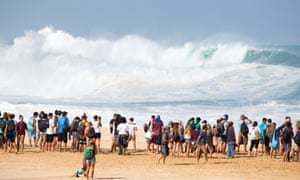 People lined up for miles to get a view of the surf.
