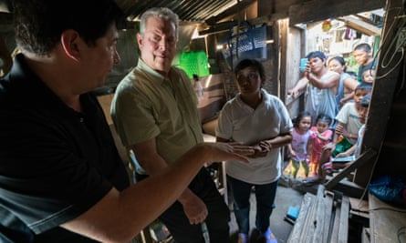 The politics of climate change … former US vice-president Al Gore in An Inconvenient Sequel: Truth to Power.