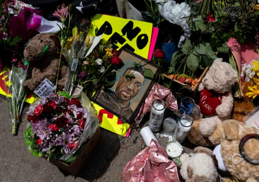 A memorial lies outside the Cup Foods, where George Floyd was killed in police custody, on 28 May 2020 in Minneapolis, Minnesota.