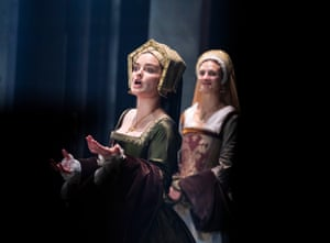 Rosanna Adams (Anna of Cleves) and Jo Herbert (Lady Rochford)