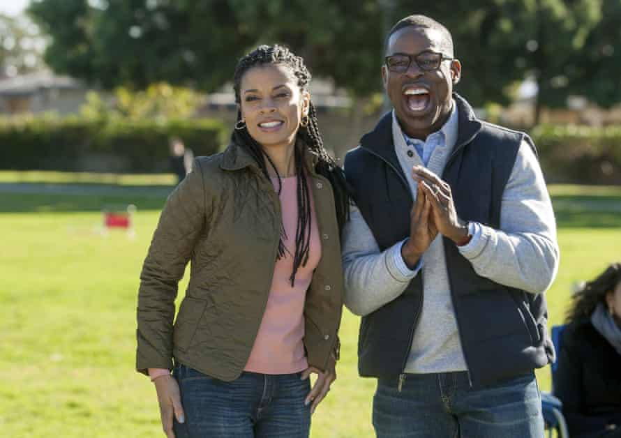 Susan Kelechi Watson as Beth and Brown as Randall in This is Us.