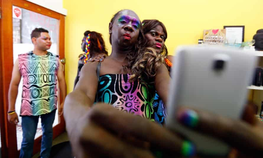 Indigenous Sistagirls Showcase Culture At Sydney Gay And Lesbian Mardi Gras, 2017