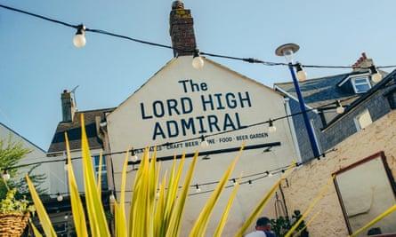 lord high admiral pub exterior