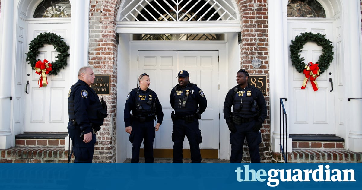 Dylann Roof Says Mental Health Should Not Be Factor In