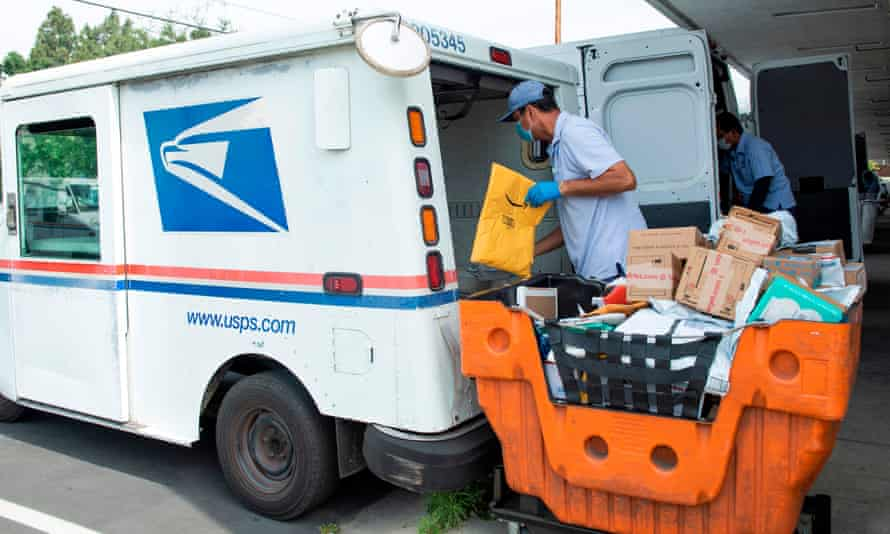 A mail carrier in Los Angeles, California.