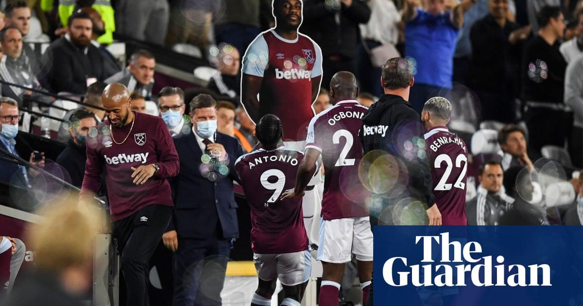 Antonio doubles up as West Ham demolish 10-man Leicester