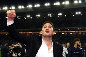 Frank Lampard celebrates victory.