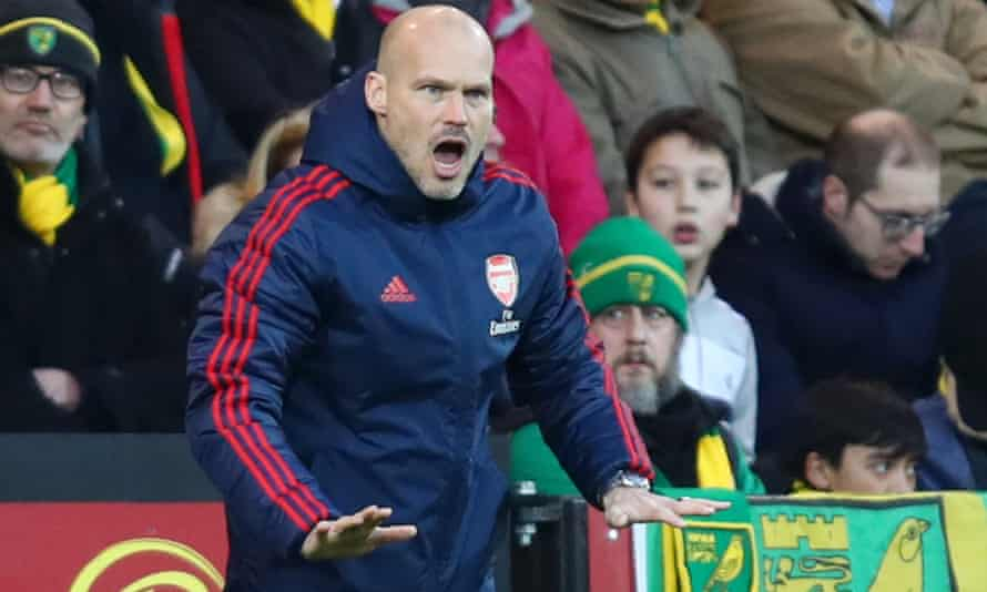 Freddie Ljungberg calls the shots during Arsenal's 2-2 draw at Norwich City.