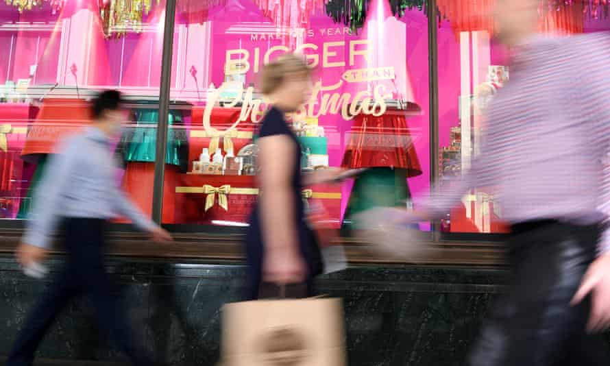 Shoppers are seen in Sydney, November 26, 2020.