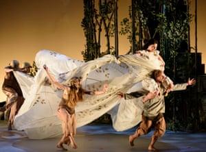 Ballet Lorent in Snow White.