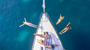 Sailing holidays for 20- to 35-year-olds in Greece, Turkey, Croatia, or Italy