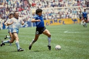 Maradona leaves Peter Reid and co in his wake.