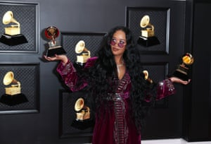 HER took home song of the year for the Black Lives Matter anthem I Can't Breath