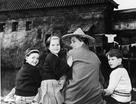 Ingrid Bergman with her children Isabella, Ingrid and Robin