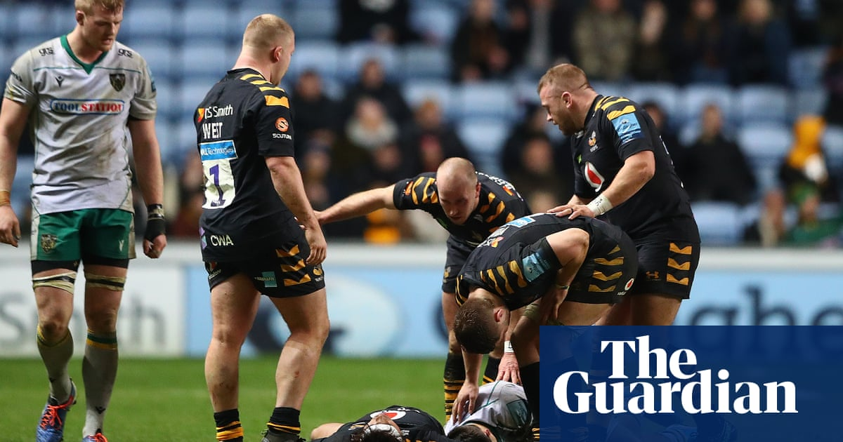 Northampton snatch dramatic win at Wasps despite Tom Collins' red card