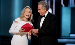 An image of Beatty and Dunaway at 89th Annual Academy Awards, where La La Land was incorrectly announced as the winner of Best Picture over Moonlight.