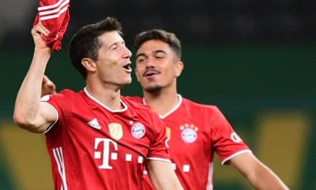 Robert Lewandowski scored twice in German Cup final