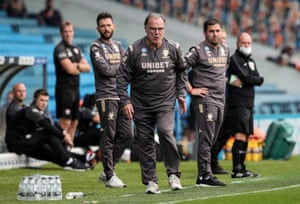 Manager Marcelo Bielsa shouts instructions to his team during the match against Barnsley on 16 July.