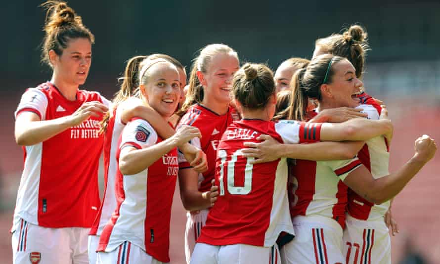 Beth Mead (second from left at front) scored twice as Arsenal defeated Chelsea in their WSL opener