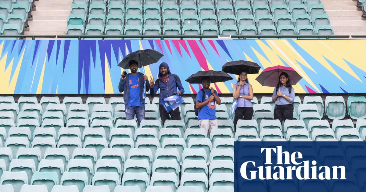 Unlinked Covid cases of concern for SCG Test as PM says he 'would love to' attend cricket – The Guardian