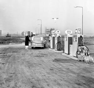 Minimalist petrol station