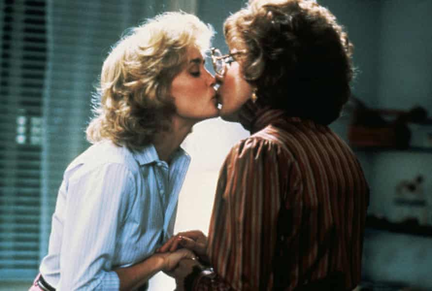 Jessica Lange and Dustin Hoffman in Tootsie.