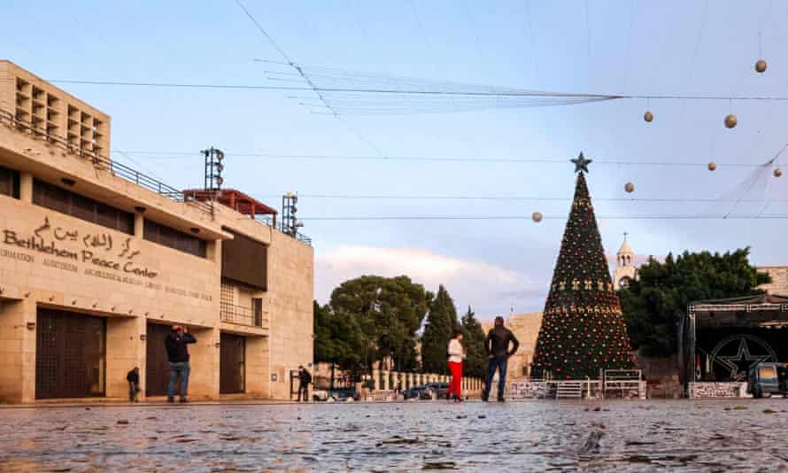 Currently closed to nonresidents, Bethlehem prepares for the lighting of the Christmas tree, 5 December.