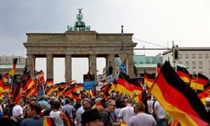 The AfD supporters heading towards the Brandenburg Gate.