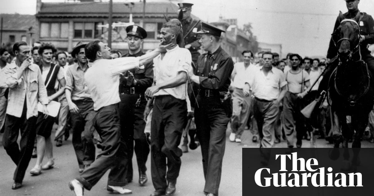 """atlanta race riot Did you know that atlanta, the """"city too busy to hate,"""" was once the site of a racist massacre that lasted four days, when mobs of thousands attacked, beat and slaughtered any black person they saw on downtown streets, destroying businesses and homes at will it's true even most atlantans."""