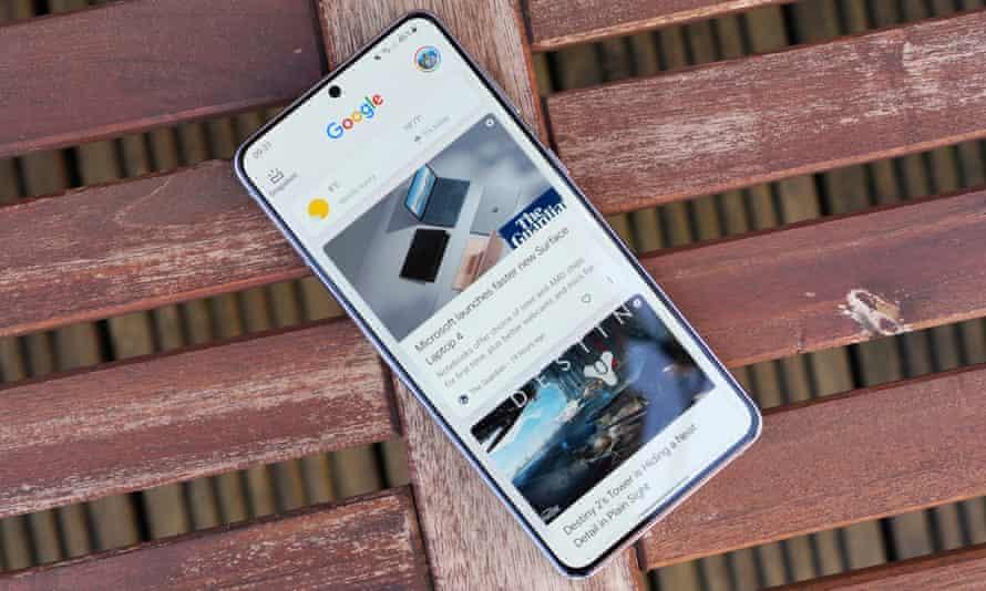 هاتف Samsung Galaxy S21 +