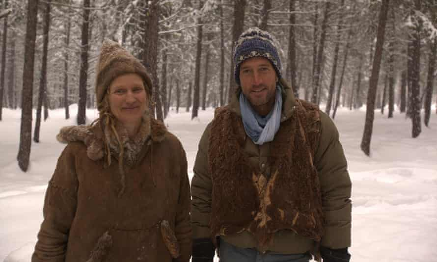 Ben Fogle with Lynx Vilden in New Lives in the Wild, Channel 5