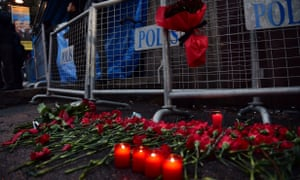 Flowers and candles outside the Reina nightclub in Istanbul