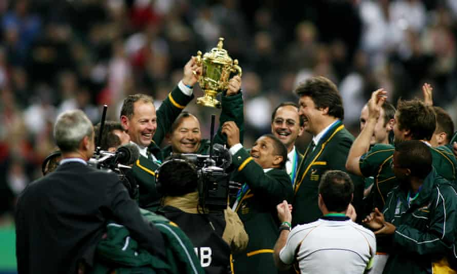 Eddie Jones celebrates South Africa's victory in the 2007 World Cup final.