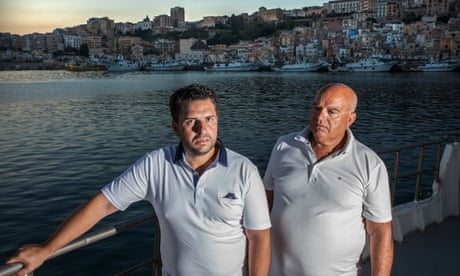 Sicilian fishermen risk prison to rescue migrants: 'No human would turn away'